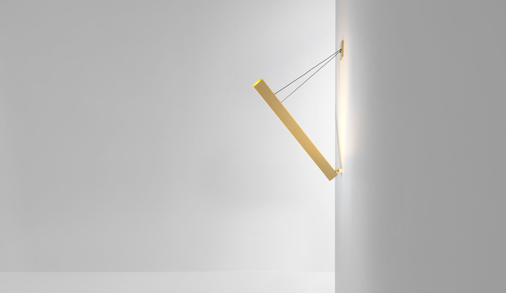 Resident-V-Wall-Light-by-Resident-Studio-3