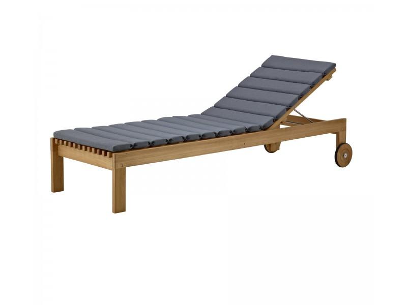Amaze Sunbed  - Caneline Outdoor Seating