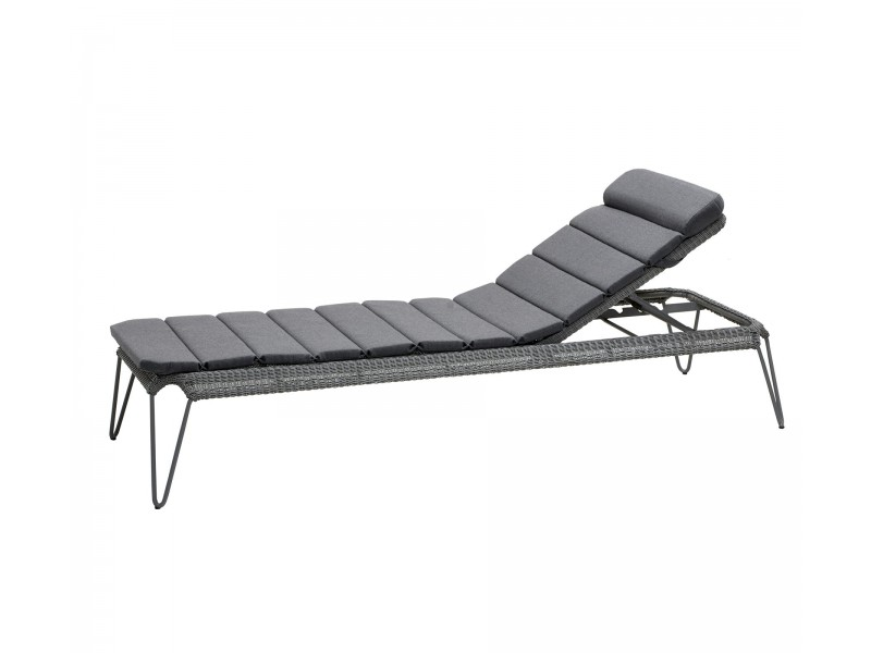 Breeze Sunbed - Caneline Outdoor Chairs