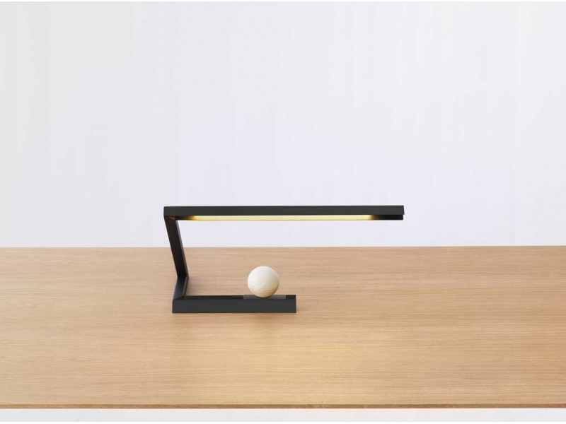 Oud Lamp Black - Resident Studio Lighting