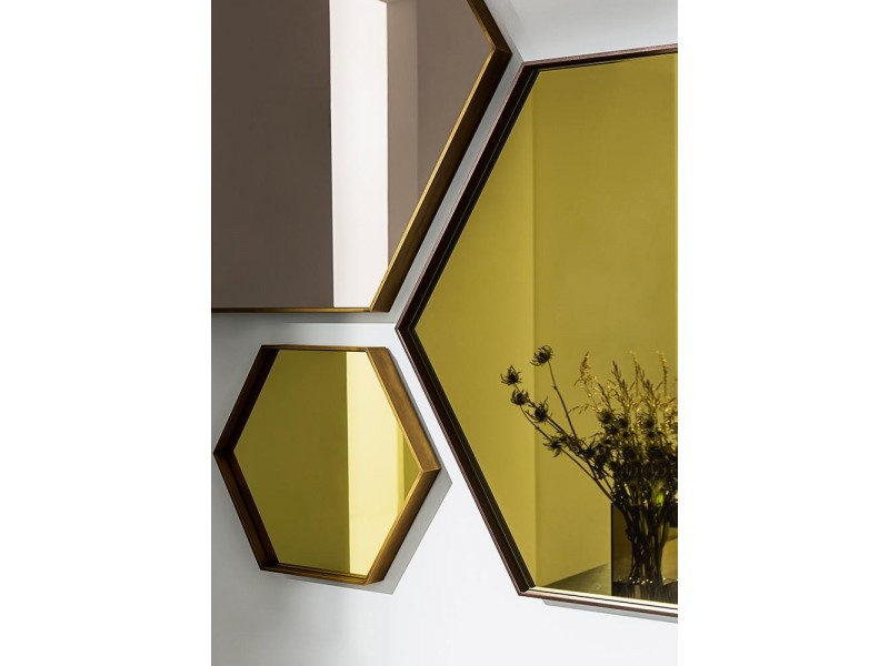 Visual Hexagonal Mirror - Sovet Italia Accessories