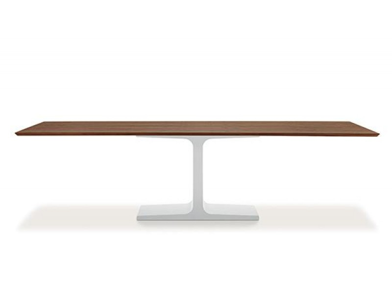Palace - Sovet Italia Tables