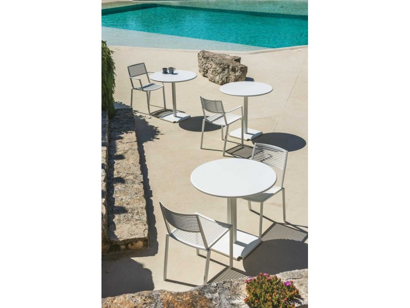 Tonik Table and 4 x Easy Armchairs - Fast Outdoor Setting SALE