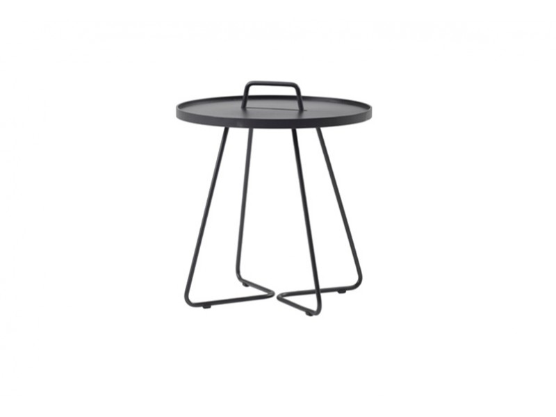 On-The-Move - Caneline Outdoor Tables