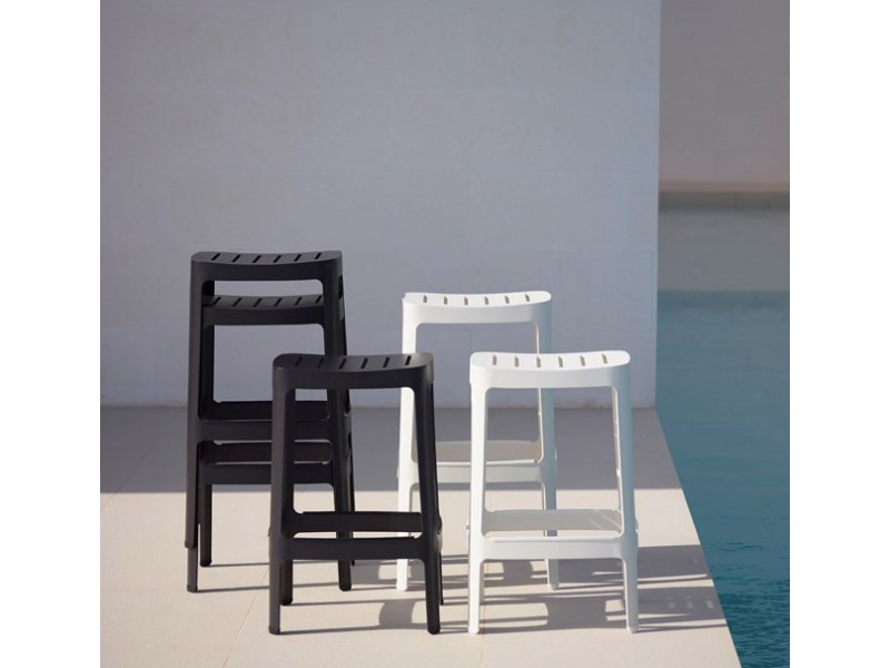 Cut Bar Chair - Caneline Outdoor Stools