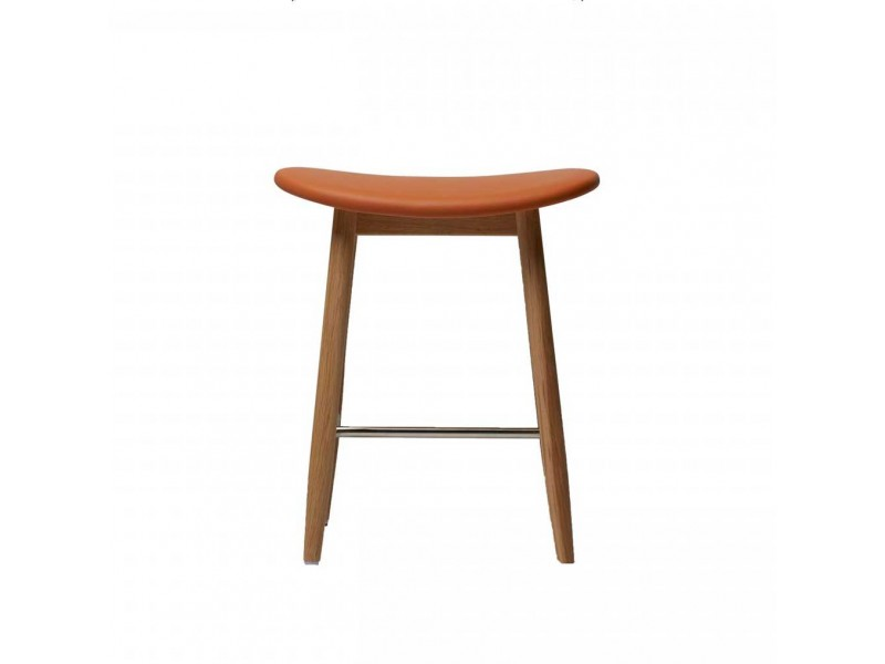 Icha Stool - Massproductions Seating